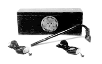 80.儀式用大工道具(手前から墨壺・釿・道具箱)