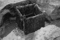 下総国葛西城跡で掘り出された井戸枠