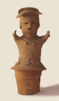 33.人物埴輪(巫女)