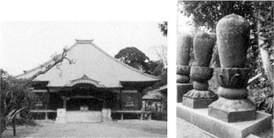 左:法巖寺本堂 右:雄譽霊巖上人墓塔