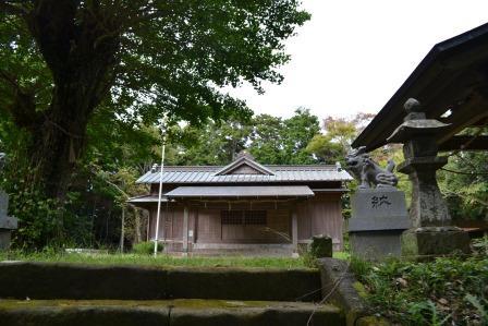(7)山荻(やまおぎ)神社