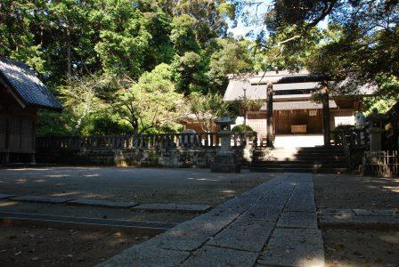 (8)莫越山(なこしやま)神社